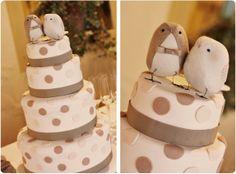 polka dots wedding cake