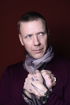 mikael-persbrandt-poses-for-a-portrait-session-on-february-11-2014-in-picture-id453202642 (395×594)