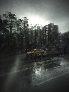 A rainy winter morning in Taipei.