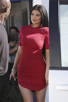 luxurylearry:  honeyllove:  kyliefashionstyle:  Kylie Jenner out in LA (Jul. 3)  X