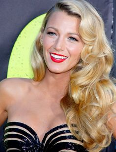Profashion Professional Flat Iron Can-Do!  Blake Lively-Reynolds' Old Hollywood curls