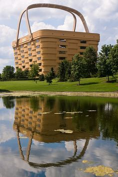 The Longaberger headquarters in Ohio is shaped like a Longaberger Medium Market Basket. Featured on http://www.mentalfloss.com/blogs/archives/74157. Photo by Flickr user Greg Gladman.