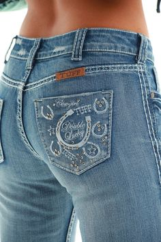 Double Lucky jeans by Cowgirl Tuff Pretty Outfits, Cool Outfits, Casual Outfits, Pretty Clothes, Fashion Now, Fashion Pants, Fashion Outfits, Cowgirl Tuff Jeans, Cowgirl Style