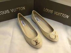 20+ Famous brand Flat shoes ideas