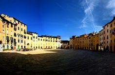 """Arenas of Life"" Student Photo in Lucca"