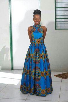 Afrikaanse print maxi jurk met kraag. WE DO NOT HAVE THE FABRIC afgebeeld in voorraad op het moment. U kunt uw eigen print op