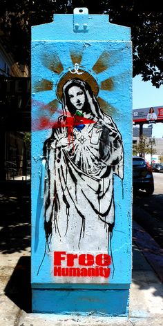 Virgin Mary w/Brushes and Spray Can by ~db~ on Flickr.A través de Flickr:Free Humanity