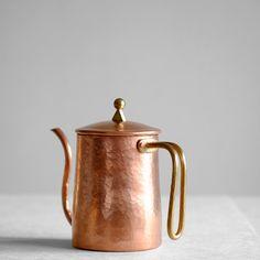 Copper Pot Still, Copper Pots, Copper Kitchen, Still Life Pictures, Rose Gold Theme, Food Photography Props, Bronze Patina, Metal, Tea Pots