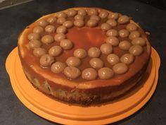 Karamel zeezout pepernoten cheesecake http://www.francescakookt.nl/salted-caramel-cheesecake-kruidnoten-en-speculaas/
