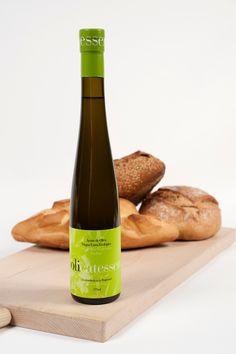 シークレットスペイン Olive Oil, Drinks, Bottle, Food, Drinking, Beverages, Flask, Essen, Drink