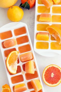 Keep your immune system at its peak during cold and flu season by adding these Cold Fighting Citrus Ice Cubes to a tall glass of water or cup of tea. These immune boosting ice cubes are loaded with vitamin C and antioxidants and they taste great! Detox Drinks, Healthy Drinks, Healthy Snacks, Healthy Eating, Healthy Recipes, Health Remedies, Home Remedies, Smoothie Recipes, Smoothies