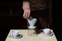 In unserem Lokal #Pergola gleich beim #Hauptbahnhof #Vienna gibt es ganz speziellen #Filterkaffee der #Kaffeefabrik. 2/3