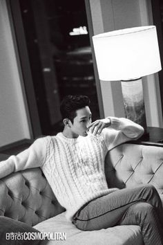 Lee Soo Hyuk shows off his chic charm for China's 'Cosmopolitan' | allkpop.com