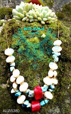 collar de alubias, coral y turquezas