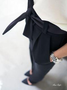 Lakinaisen vaatekaapilla - Lady lawyer's wardrobe - Avec SofiéAvec Sofié