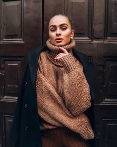 Little Colder Turtleneck Knit Thick Sweaters, Winter Sweaters, Sweater Fashion, Sweater Outfits, Diy Fashion, Autumn Fashion, Wool Dress, Catsuit, Knitwear