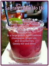 New party drinks ideas ginger ale Ideas Christmas Drinks Alcohol, Holiday Cocktails, Easy Cocktails, Christmas Mocktails, Christmas Cocktail Party, Fun Drinks, Yummy Drinks, Alcoholic Drinks, Mixed Drinks