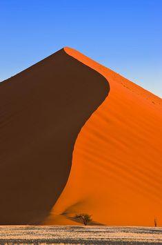 Zandduin, Sossusvlei, Namib Desert, Namibië http://www.naturescanner.nl/afrika/namibie/sossusvlei