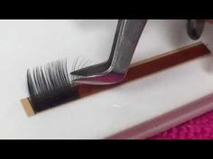 Russian Volume Eyelash Extensions Technique - Scrape - YouTube