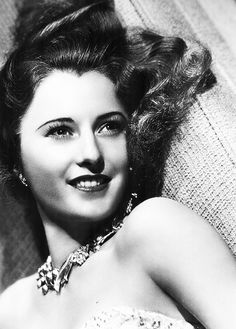 Golden Age Of Hollywood, Hollywood Glamour, Classic Hollywood, Old Hollywood, Hollywood Pictures, Barbara Stanwyck, Santa Monica, The Lady Eve, Classic Film Noir