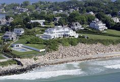 Taylor Swift's Beachfront Home on Rhode Island