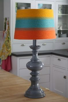 18. Lampshade | 32 Awesome No-Knit DIY Yarn Projects