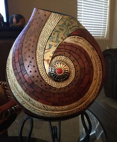 Completed gourd by Eva Pasztor following a Bonnie Gibson Spiral Class. Such a great teacher!