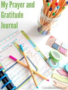 What a great setup of a prayer and gratitude journal. There are links to printable and tips on structure.