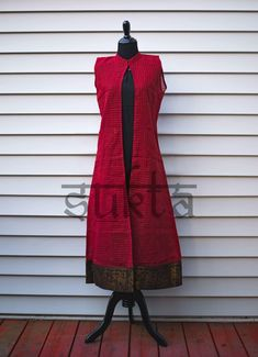 Simple Kurti Designs, Kurta Designs Women, Blouse Designs, Churidhar Designs, Shrug For Dresses, Indian Gowns Dresses, I Dress, Indian Designer Outfits, Designer Dresses