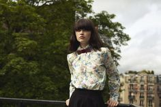 Le Violet Precieux by Oncle Pape.   Retrouvez nous sur : www.onclepape.com #Noeudpapillon #accessoiremode  #accessoireunisexe #accessoirefemme #accessoirebois #design #wooden #bowties #fashionaccessory