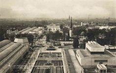 Panorama van de wereldtentoonstelling op het Kiel te Antwerpen. Op de achtergrond de Schelde en Linkeroever.