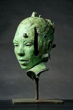 Green - head - figurative sculpture - Lionel Smit