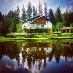 Chalet, Argeș County   Www.pure-romania.com   #Romania #purefreedom #puregreen #chalet #wood #mountains #lake #holiday #travelling #lonelyplanet #places