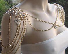 Cute Jewelry, Hair Jewelry, Body Jewelry, Bridal Jewelry, Jewelry Accessories, Jewelry Design, Jewelry Bracelets, Pearl Bracelets, Pearl Rings