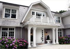 Cape Cod/Hamptons style