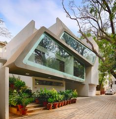 #architecture : Architecture Continuous Designs a Modern Home in Bangalore, India | HomeDSGN