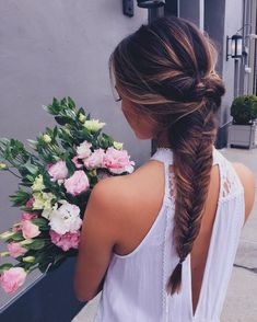 Long hairstyles give you a whole lot of versatility. There are so many great hairstyles you can try out that will make your overall look pretty, edgy, bohemian, rocker chic, or whatever else you're… Cool Braid Hairstyles, Up Hairstyles, Pretty Hairstyles, Hairstyle Ideas, Summer Hairstyles, Style Hairstyle, Protective Hairstyles, Wedding Hairstyles, Cool Braids