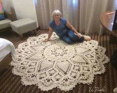 salfetka kover doily albom the best of patricia kristoffersen ltbrgt crochet homeltbrgt crochet rugsltbrgt crochet patternsltbrgt doiliesltbrgt the o - PIPicStats Crochet rug crochet carpet doily lace rug by eMDesignBoutique aa c doilies free This is the Crochet Doily Rug, Crochet Rug Patterns, Crochet Carpet, Crochet Tablecloth, Doily Patterns, Crochet Home, Crochet Crafts, Crochet Stitches, Knit Crochet