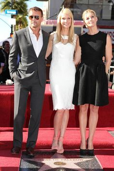 Tim McGraw, Gwyneth Paltrow & Faith Hill Country Love Songs, Country Music Stars, Country Singers, Tim Mcgraw Family, Pool Movie, Tim And Faith, Tim Mcgraw Faith Hill, Hollywood Music, Celebs