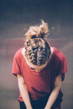Những kiểu tết tóc đẹp điên đảo cho các cô nàng tóc ngắn - Ảnh 4