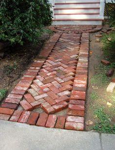 25 Incredible DIY Garden Pathway Ideas You Can Build Yourself To Beautify Your Backyard Brick Pathway, Paver Walkway, Brick Pavers, Gravel Path, Driveway Paving, Outdoor Walkway, Walkways, Backyard Patio, Backyard Landscaping