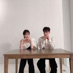 Hotel Del Luna, IU as Jang ManWol, Yeo JinGoo as Gun ChanSeong. Beutiful outfits both of them. Drama Korea, Korean Drama, Luna Fashion, Gemini Rising, Jin Goo, While You Were Sleeping, Idole, Korean Couple, Kpop