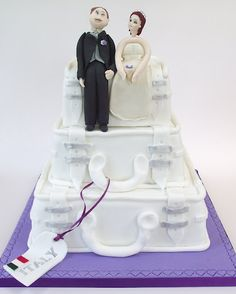 The Honeymoon Couple Cinderella, Wedding Cakes, Disney Princess, Couples, Disney Characters, Wedding Gown Cakes, Wedding Pie Table, Wedding Cake, Romantic Couples