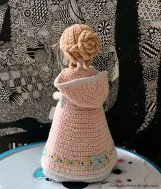 Crochet Dolls Patterns Amigurumi Princess Doll in Cape Crochet Free Pattern Crochet Patterns Amigurumi, Amigurumi Doll, Crochet Toys, Octopus Crochet Pattern, Crochet Dolls Free Patterns, Small Crochet Gifts, Cute Crochet, Crochet Doll Clothes, Knitted Dolls