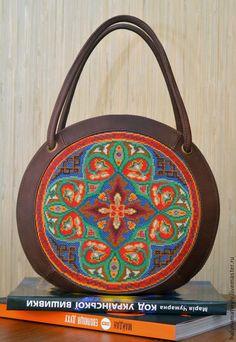 """Купить Круглая сумка """"Калейдоскоп"""" - орнамент, бежевый цвет, бежевий, коричневая сумка, круглая сумка"""