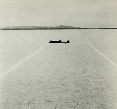 Walter de Maria: Mile Long Drawing, Mojave Desert (1968)