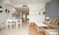 #proyectositges #iloftyou #interiordesign #ikea #sitges #lowcost #catalunya #beach #hemnes #lack #bliss #faroiluminación #matilda #osted #ikeaps2012 #zarahome #papelpintadosaribau #bjursta #sigurd #elmercaderdelmar