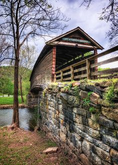 Humpback Covered Bridge, Virginia (****See Pins with other views. Old Bridges, Virginia Is For Lovers, West Virginia, Covington Virginia, All Nature, Amazing Nature, Old Barns, Covered Bridges, Architecture