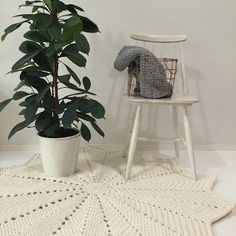 Paapo: Tähtimatto - Kaunista kotiin virkkaamalla! Henna, Knitting, Rugs, Furniture, Home Decor, Glutenfree, Round Shag Rug, Farmhouse Rugs, Decoration Home