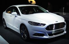 2016 Ford Mondeo front
